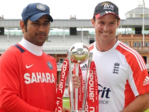 Mahendra Singh Dhoni and Andrew Strauss