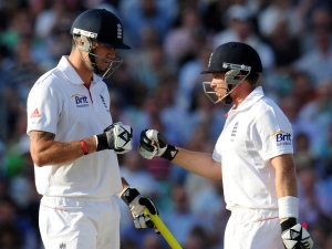Ian Bell and Kevin Pietersen