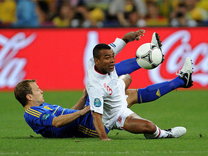 Oleg Gusev, Ashley Cole