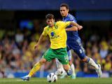 Wesley Hoolahan, Frank Lampard
