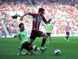 Yohan Cabaye, Adam Johnson