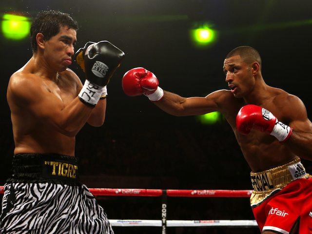 Kell Brook fights Hector Saldivia