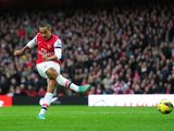 Theo Walcott scores for Arsenal on November 17, 2012