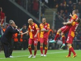 Galatasaray players celebrate a goal versus Manchester United on November 20, 2012