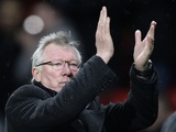 United boss Sir Alex Ferguson applauds the fans after the 3-1 win over QPR on November 24, 2012