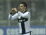 Parma's Nicola Sansone celebrates his winner against Inter on November 26, 2012