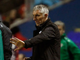 Hannover coach Mirko Slomka on the touchline on December 6, 2012