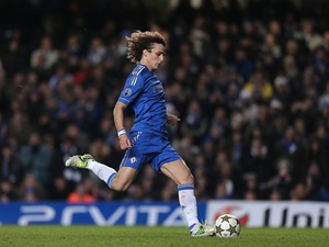 Chelsea's David Luiz takes a penalty on December 5, 2012