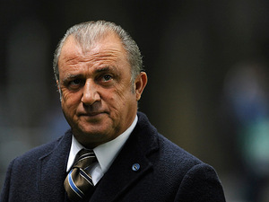 Galatasaray manager Fatih Terim on the touchline on December 5, 2012