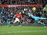 Tom Cleverley scores the second goal for Man Utd on December 15, 2012
