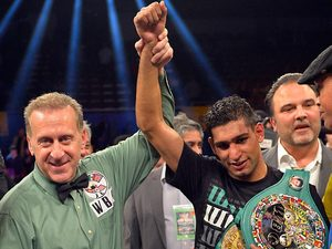 Amir Khan is announced as the winner of the WBC silver super lightweight title on December 15, 2012