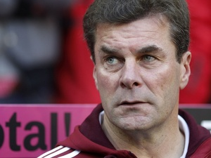 Dieter Hecking - then coach of Nuremberg - during a league game on October 29, 2011