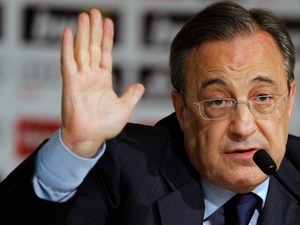 Real president Florentino Perez gives a press conference on May 26, 2010