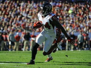 Falcons WR Roddy White with the ball against Tampa Bay on November 25, 2012
