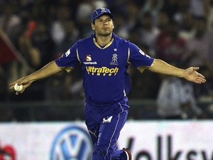 Melbourne's Brad Hodge in action for his old team Rajasthan Royals on May 5, 2012