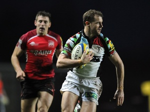 Harlequins' Nick Evans runs in the fourth try against London Welsh on January 6, 2013