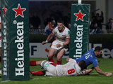 Leinster's Rob Kearney scores a try against Scarlets on January 12, 2013