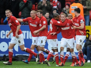 Charlton players congratulate Scott Wagstaff after his goal against Blackpool on January 12, 2013