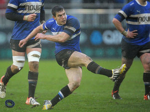 Tom Heathcote converts a penalty against Agen on January 12, 2013