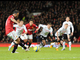 Manchester United veteran Ryan Giggs converts from the penalty spot in his sides match with Fulham in the FA Cup fourth round on January 26, 2013