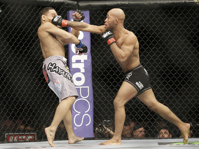 Demetrious Johnson fights John Dodson on January 26, 2013