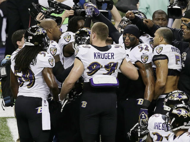 Ravens linebacker Ray Lewis with teammates at the Superbowl on February 3, 2013
