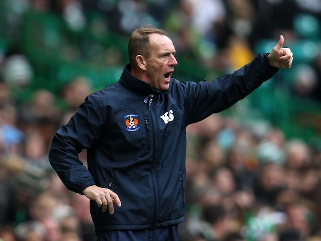 Kilmarnock boss Kenny Shiels on the touchline on October 27, 2012