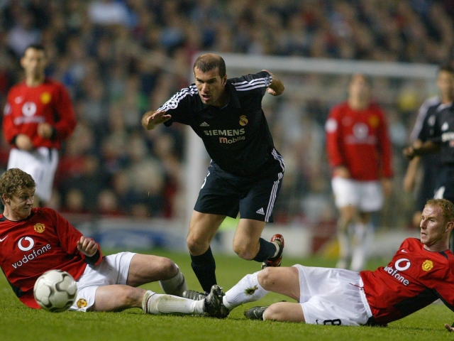 Zinedine Zidane for Real Madrid against Manchester United on April 23, 2003