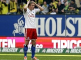 Hamburg's Artjoms Rudnevs in action against Borussia Dortmund on September 22, 2012