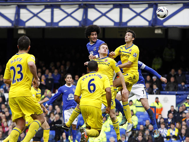 Everton's Marouane Fellaini scores the opening goal in his side's match against Reading on March 2, 2013