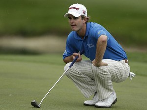 Kevin Streelman lines up a putt during the Tampa Bay Championship golf tournament on March 17, 2013