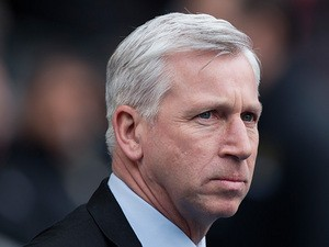 Newcastle United manager Alan Pardew before kick-off in the match against Manchester City on March 30, 2013