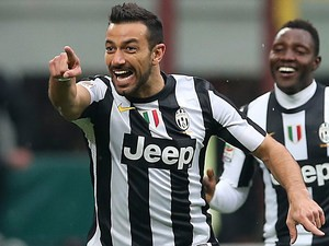 Juventus' Fabio Quagliarella celebrates after scoring the opener against Inter on March 30, 2013