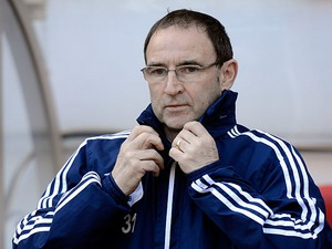 Sunderland boss Martin O'Neill prior to kick-off against Manchester United on March 30, 2013