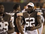 Browns' D'Qwell Jackson talks on the sideline during a game with Chicago on August 30, 2012