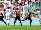 Roma's Pablo Osvaldo scores against Torino on April 14, 2013