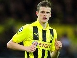 Dortmund's Sven Bender in action against Malaga on April 9, 2013