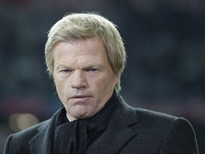 Former Bayern Munich goalkeeper and TV sports moderator Oliver Kahn on November 7, 2012