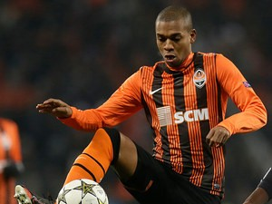 Shakhtar Donetsk's Fernandinho in action on December 5, 2012