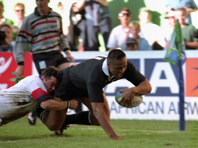 Jonah Lomu scores a try against England during the 1995 World Cup.