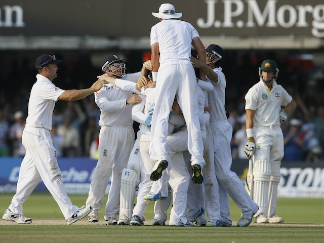 England celebrate their second test win over Australia on July 21, 2013