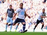 Tottenham's Roberto Soldado scores a penalty against Espanyol during a friendly match on August 10, 2013