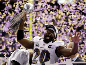 Ed Reed #20 of the Baltimore Ravens celebrates with the VInce Lombardi trophy after the Ravens won 34-31 against the San Francisco 49ers during Super Bowl XLVII at the Mercedes-Benz Superdome on February 3, 2013