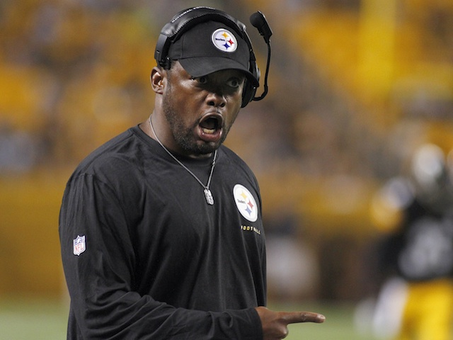 Steelers coach Mike Tomlin on the sidelines during a game with the Giants on August 10, 2013