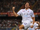 Fiorentina's Mario Gomez celebrates after scoring his team's third goal against Genoa on September 1, 2013