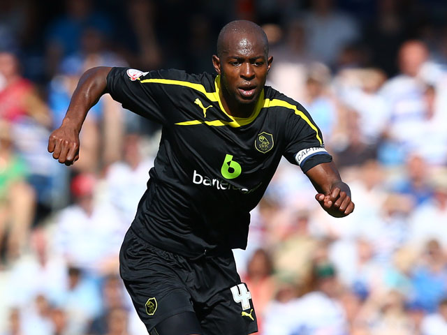 Anthony Gardner of Sheffield Wednesday controls the ball during the Sky Bet Championship match between Queens Park Rangers and Sheffield Wednesday at Loftus Road on August 3, 2013