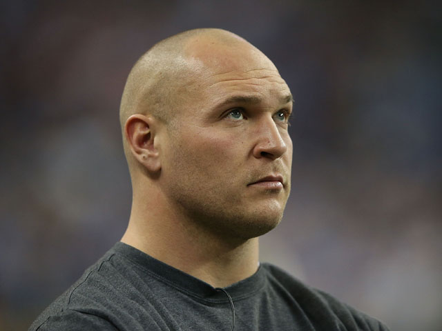 Brian Urlacher #54 of the Chicago Bears watches the action during the game against the Detroit Lions at Ford Field on December 30, 2012