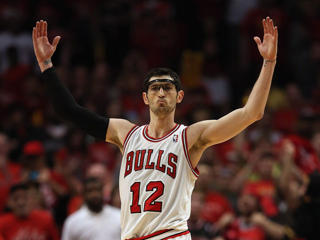 Kirk Hinrich out with concussion - Sports Mole