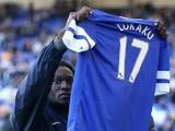 On-loan Everton forward Romelu Lukaku greets the fans on September 14, 2013