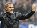 Hamburg coach Thorsten Fink on the touchline on May 18, 2013